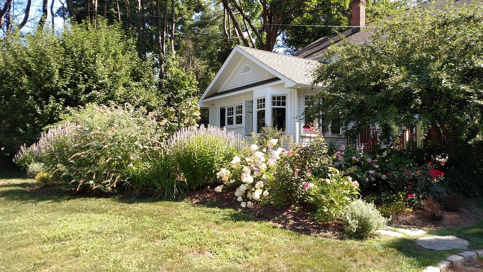 Guide pratique pour avoir un jardin conçu dans les règles