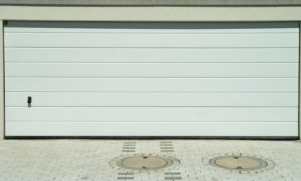 Télécommande de porte de garage qui ne fonctionne plus, que faire ?